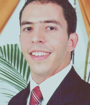 Rodolfo Ipolito Meneguette (ICMC/USP)